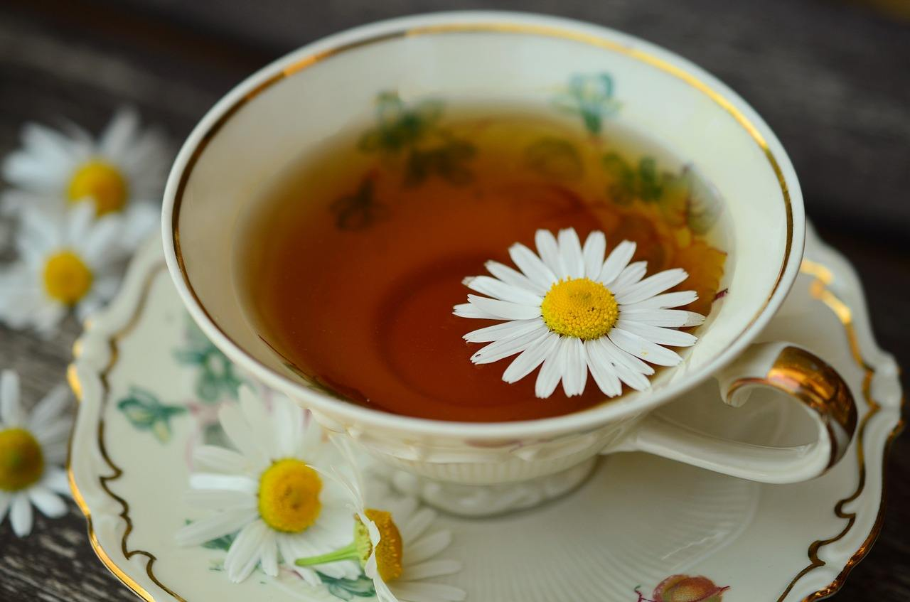 relaxing-chamomile-tea