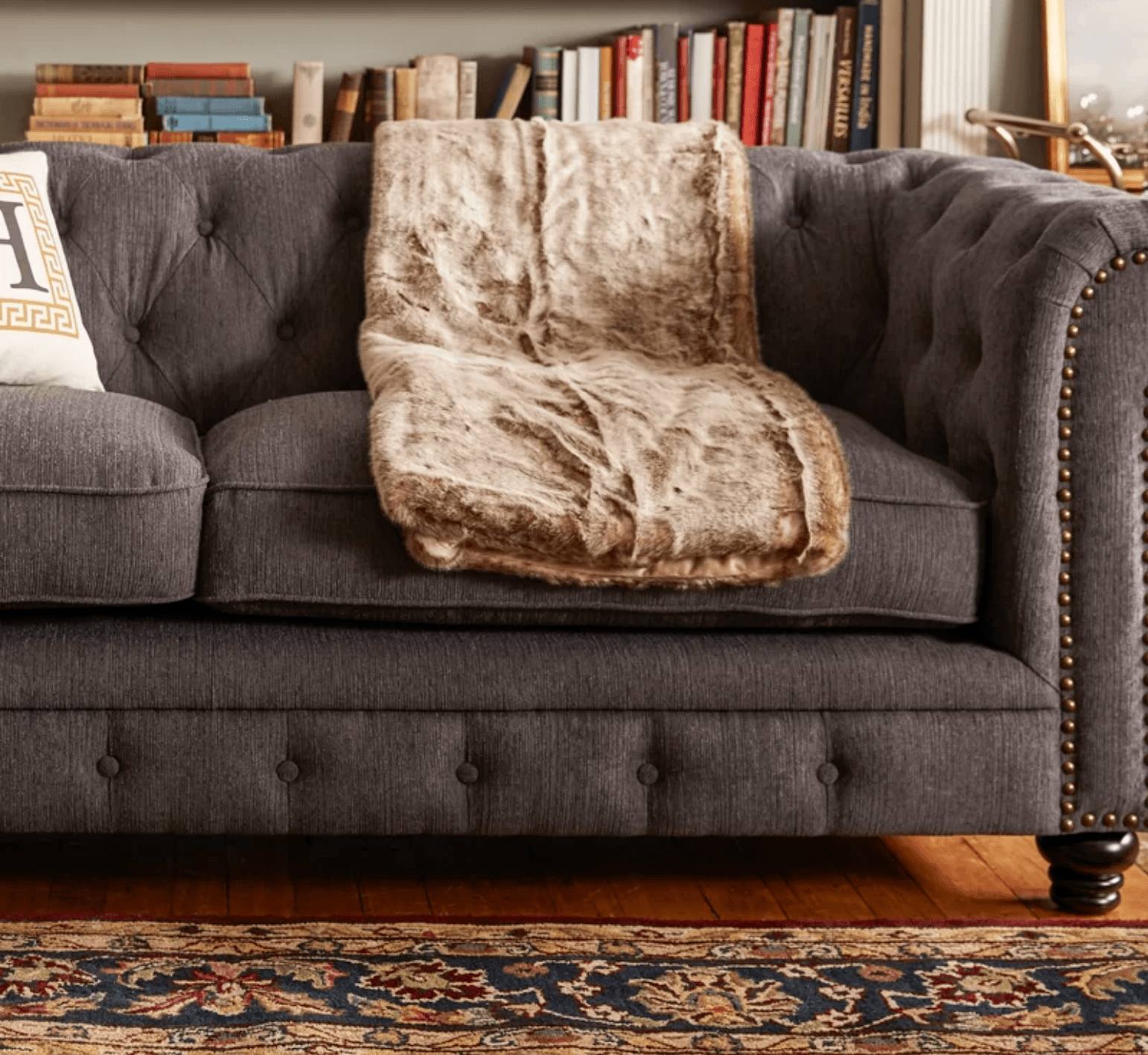 "Lindstrom Chesterfield 90"" Rolled Arms Sofa"